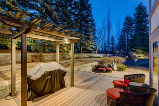 Photo 3: 220 Edelweiss Place NW in Calgary: Edgemont Detached for sale : MLS®# A1090654