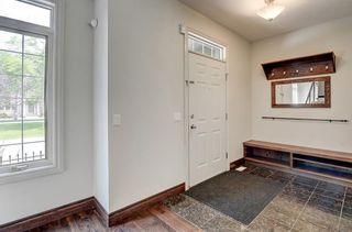 Photo 3: 29 Somme Boulevard SW in Calgary: Garrison Woods Row/Townhouse for sale : MLS®# A1129180