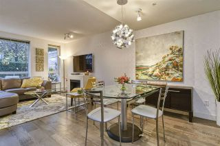 Photo 10: 186 CHESTERFIELD AVENUE in North Vancouver: Lower Lonsdale Townhouse for sale : MLS®# R2423323
