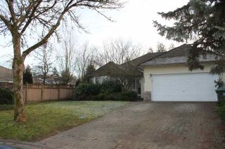 "Photo 2: 16482 84A Avenue in Surrey: Fleetwood Tynehead House for sale in ""Tynehead Terrace"" : MLS®# R2536916"