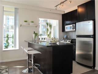 """Photo 2: 1807 1001 HOMER Street in Vancouver: Yaletown Condo for sale in """"The Bentley"""" (Vancouver West)  : MLS®# V1076353"""