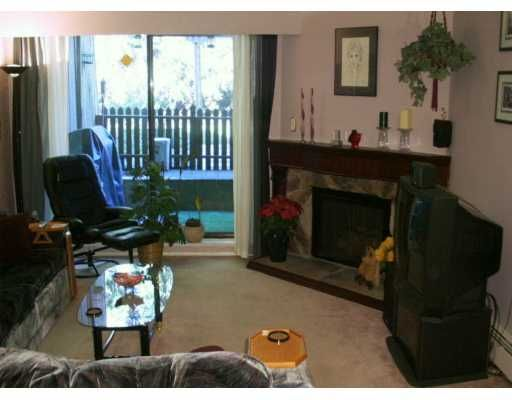 "Photo 4: Photos: 126 9101 HORNE ST in Burnaby: Government Road Condo for sale in ""WOODSTONE PLACE"" (Burnaby North)  : MLS®# V582601"