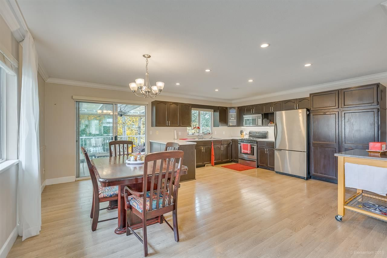 Photo 10: Photos: 19286 PARK Road in Pitt Meadows: Mid Meadows House for sale : MLS®# R2510376