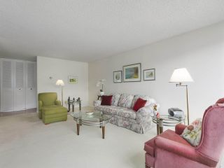 """Photo 4: 310 2101 MCMULLEN Avenue in Vancouver: Quilchena Condo for sale in """"Arbutus Village"""" (Vancouver West)  : MLS®# R2478885"""