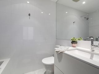 """Photo 11: 1887 W 2ND Avenue in Vancouver: Kitsilano Townhouse for sale in """"Blanc"""" (Vancouver West)  : MLS®# R2164681"""
