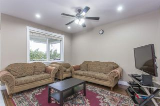 Photo 4: 3108 ENGINEER Court in Abbotsford: Aberdeen House for sale : MLS®# R2251548
