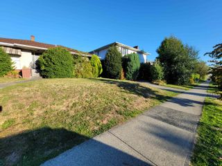 Main Photo: 5440 CAMBIE Street in Vancouver: Cambie House for sale (Vancouver West)  : MLS®# R2618116