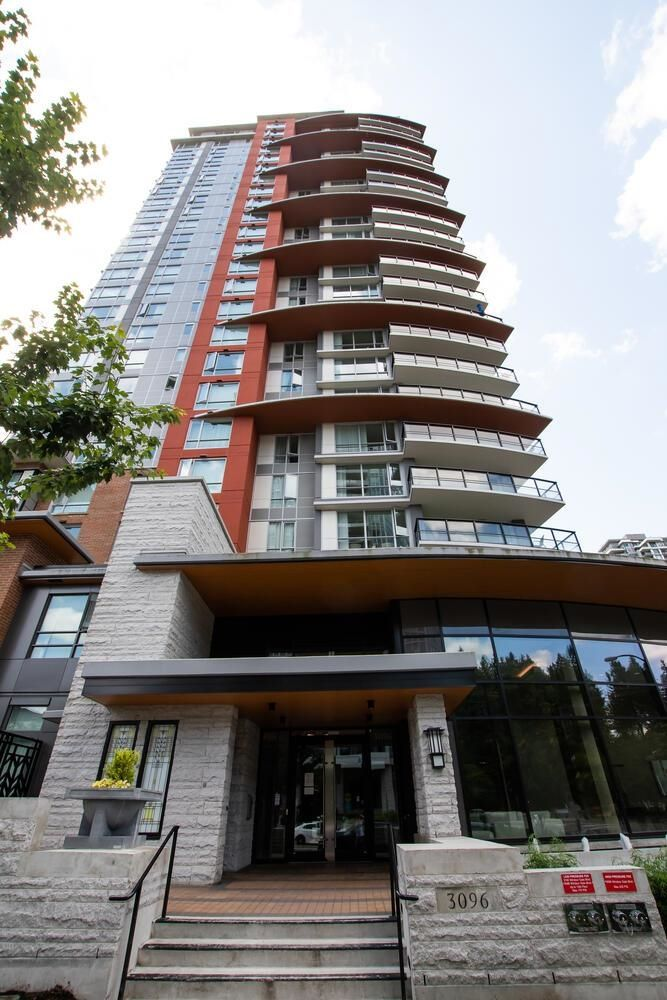 """Main Photo: 1203 3096 WINDSOR Gate in Coquitlam: New Horizons Condo for sale in """"MANTYLA"""" : MLS®# R2603414"""