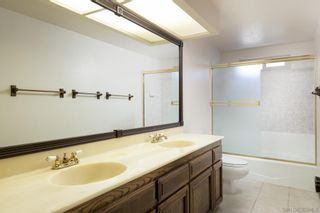 Photo 19: SOUTHEAST ESCONDIDO House for sale : 4 bedrooms : 329 Cypress Crest Ter in Escondido