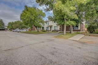 Photo 5: 71 5625 Silverdale Drive NW in Calgary: Silver Springs Row/Townhouse for sale : MLS®# A1142197