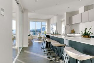 """Photo 8: 1404 1221 BIDWELL Street in Vancouver: West End VW Condo for sale in """"Alexandra"""" (Vancouver West)  : MLS®# R2591398"""