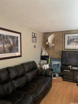 Photo 4: 701 6th Avenue in Hudson Bay: Residential for sale : MLS®# SK861176