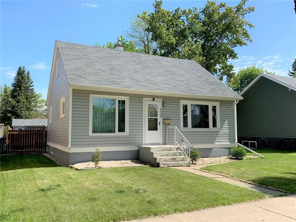 Main Photo: 120 9th Avenue Southwest in Dauphin: Southwest Residential for sale (R30 - Dauphin and Area)  : MLS®# 202101478