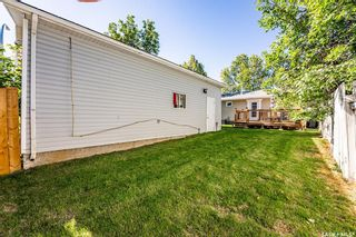 Photo 33: 210 Mowat Crescent in Saskatoon: Pacific Heights Residential for sale : MLS®# SK870029