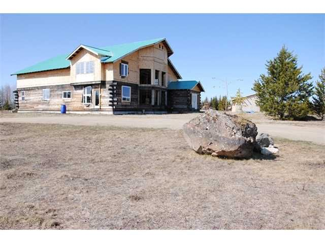 """Main Photo: 5350 SEABROOKE PIT Road in Quesnel: Quesnel - Rural North House for sale in """"TEN MILE LAKE"""" (Quesnel (Zone 28))  : MLS®# N214729"""