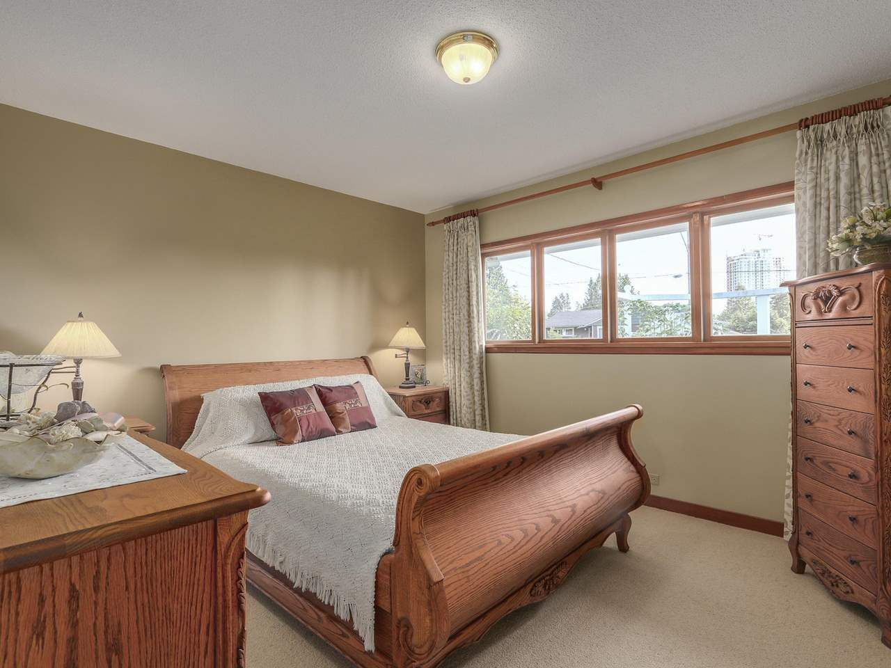 Photo 11: Photos: 587 HARRISON Avenue in Coquitlam: Coquitlam West House for sale : MLS®# R2097877