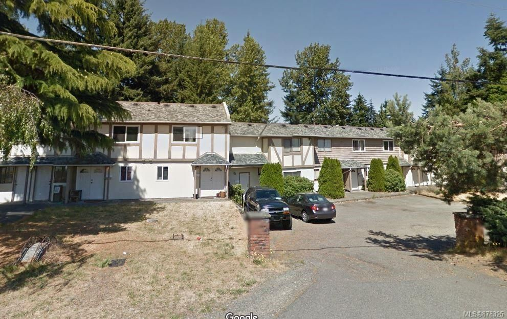 Main Photo: 2564 Highland Blvd in : Na Departure Bay Row/Townhouse for sale (Nanaimo)  : MLS®# 878325