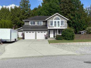 Photo 1: 5058 BAY Road in Sechelt: Sechelt District House for sale (Sunshine Coast)  : MLS®# R2450562