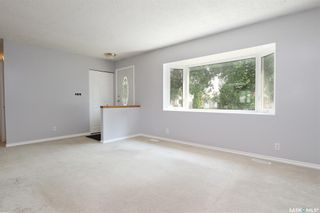 Photo 6: 110 McSherry Crescent in Regina: Normanview West Residential for sale : MLS®# SK864396