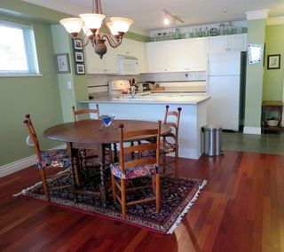 """Photo 3: 104 2815 YEW Street in Vancouver: Kitsilano Condo for sale in """"2815 YEW STREET"""" (Vancouver West)  : MLS®# R2136894"""