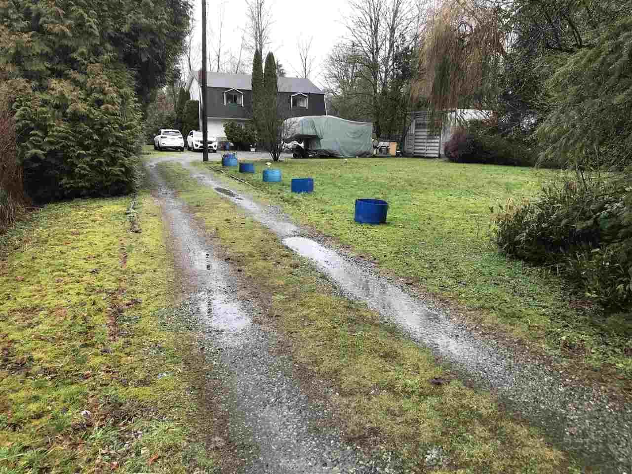 "Main Photo: 25511 DEWDNEY TRUNK Road in Maple Ridge: Websters Corners House for sale in ""Websters Corners"" : MLS®# R2235966"
