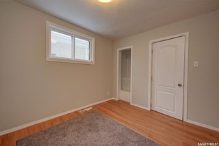 Photo 12: 703 J Avenue South in Saskatoon: King George Residential for sale : MLS®# SK856490