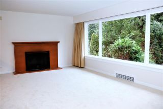 Photo 5: 725 BLYTHWOOD DRIVE in North Vancouver: Delbrook House for sale : MLS®# R2245704