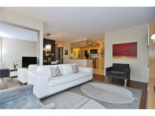 """Photo 2: 605 1067 MARINASIDE Crescent in Vancouver: Yaletown Condo for sale in """"QUAYWEST II"""" (Vancouver West)  : MLS®# V955642"""