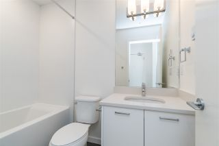 """Photo 15: 302B 20087 68 Avenue in Langley: Willoughby Heights Condo for sale in """"PARK HILL"""" : MLS®# R2450873"""