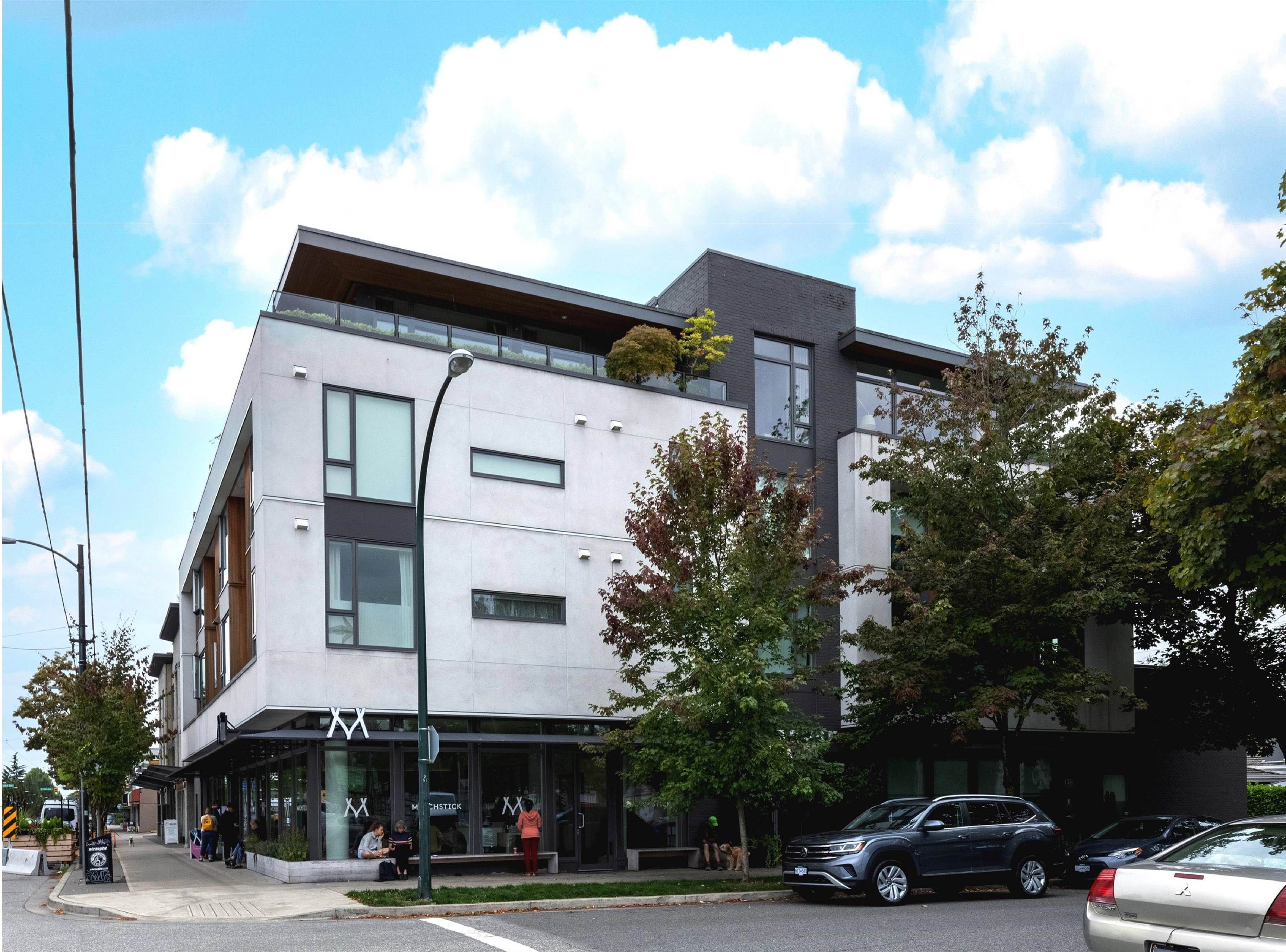 Main Photo: 305 188 E 32ND Avenue in Vancouver: Main Condo for sale (Vancouver East)  : MLS®# R2614532