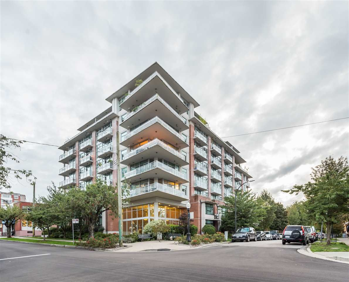 "Main Photo: 611 298 E 11TH Avenue in Vancouver: Mount Pleasant VE Condo for sale in ""The Sophia"" (Vancouver East)  : MLS®# R2485147"