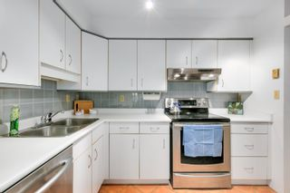 """Photo 4: 304 1665 ARBUTUS Street in Vancouver: Kitsilano Condo for sale in """"The Beaches"""" (Vancouver West)  : MLS®# R2612663"""