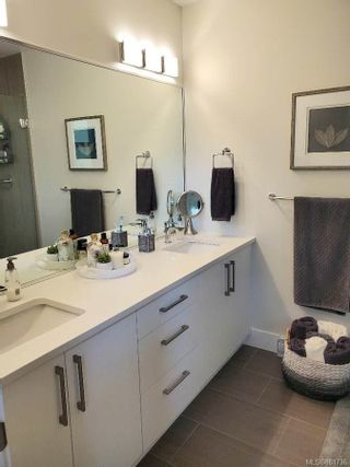 Photo 12: 921 Echo Valley Pl in : La Langford Proper Row/Townhouse for sale (Langford)  : MLS®# 861736