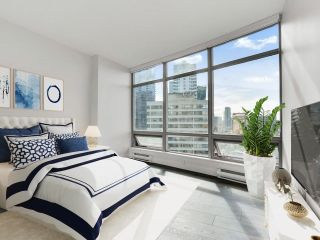 Photo 9: 1702 1200 ALBERNI Street in Vancouver: West End VW Condo for sale (Vancouver West)  : MLS®# R2617052