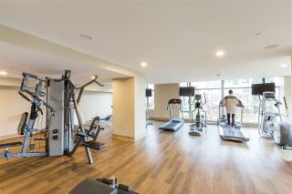"""Photo 18: 1803 280 ROSS Drive in New Westminster: Fraserview NW Condo for sale in """"THE CARLYLE"""" : MLS®# R2376749"""