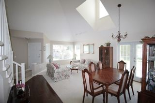 "Photo 6: 5 16995 64 Avenue in Surrey: Cloverdale BC Townhouse for sale in ""Lexington"" (Cloverdale)  : MLS®# R2159340"