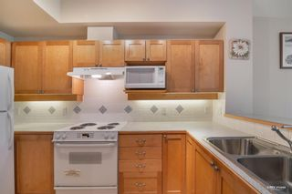 """Photo 9: 310 6198 ASH Street in Vancouver: Oakridge VW Condo for sale in """"THE GROVE"""" (Vancouver West)  : MLS®# R2605153"""