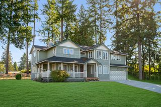 Photo 3: 811 KELVIN Street in Coquitlam: Harbour Chines House for sale : MLS®# R2622197