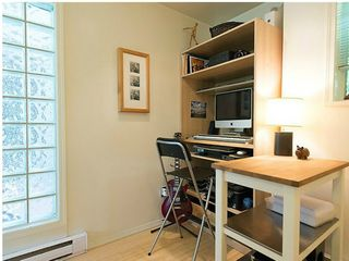 """Photo 10: # 6 877 W 7TH AV in Vancouver: Fairview VW Townhouse for sale in """"EMERALD COURT"""" (Vancouver West)  : MLS®# V1028020"""
