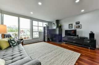 "Photo 5: 2225 OAK Street in Vancouver: Fairview VW Townhouse for sale in ""SIXTH ESTATE"" (Vancouver West)  : MLS®# R2556155"