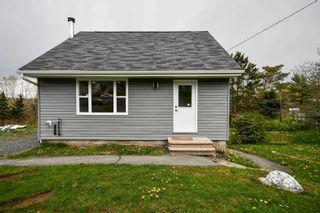 Photo 1: 1029 Sackville Drive in Lower Sackville: 25-Sackville Residential for sale (Halifax-Dartmouth)  : MLS®# 202111547