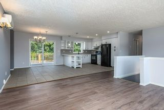 Photo 8: 44 Mitchell Rd in : CV Courtenay City House for sale (Comox Valley)  : MLS®# 884094