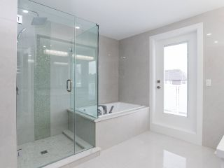 Photo 28: 17364 2 Avenue in Surrey: Pacific Douglas House for sale (South Surrey White Rock)  : MLS®# R2471049