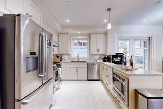 Photo 2: 1 2555 SKILIFT Road in West Vancouver: Chelsea Park Townhouse for sale : MLS®# R2539824