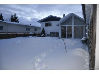 Photo 18: 713 Laxdal Road in WINNIPEG: Charleswood Residential for sale (South Winnipeg)  : MLS®# 1400736