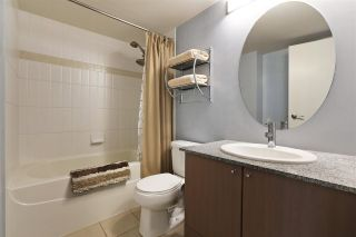 """Photo 10: 1211 550 TAYLOR Street in Vancouver: Downtown VW Condo for sale in """"The Taylor"""" (Vancouver West)  : MLS®# R2575257"""