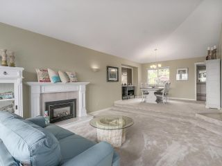 Photo 6: 2927 ALVIS Court in Coquitlam: Canyon Springs House for sale : MLS®# R2096574