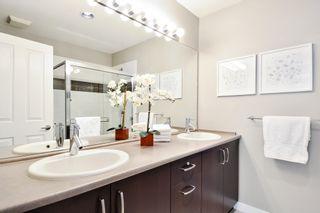"Photo 18: 43 2729 158 Street in Surrey: Grandview Surrey Townhouse for sale in ""KALEDEN"" (South Surrey White Rock)  : MLS®# R2242522"