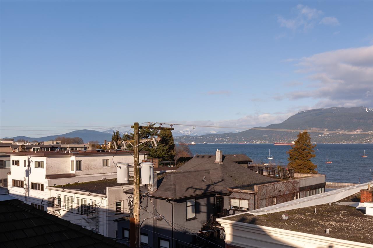 "Photo 6: Photos: 11 1535 VINE Street in Vancouver: Kitsilano Condo for sale in ""Vine Grove"" (Vancouver West)  : MLS®# R2530154"