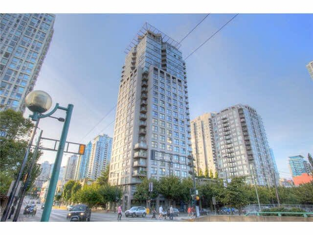 """Main Photo: 904 989 BEATTY Street in Vancouver: Yaletown Condo for sale in """"NOVA"""" (Vancouver West)  : MLS®# R2552468"""